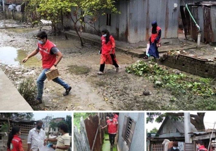 বন্যার্তদের নিরাপদ পানি নিশ্চিতে কাজ করছে যুব রেড ক্রিসেন্ট সাভার উপজেলা দল, ঢাকা জেলা ইউনিট